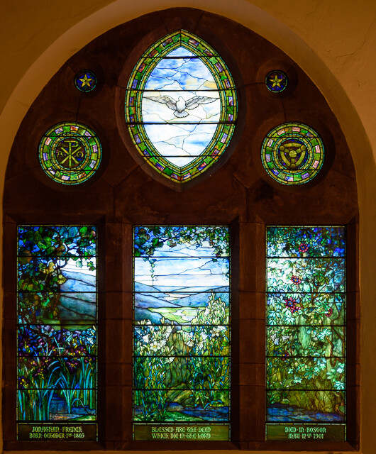The Tiffany Windows Are Highlight Of St Paul S Church Stained Gl They Date From Construction In 1902 And True