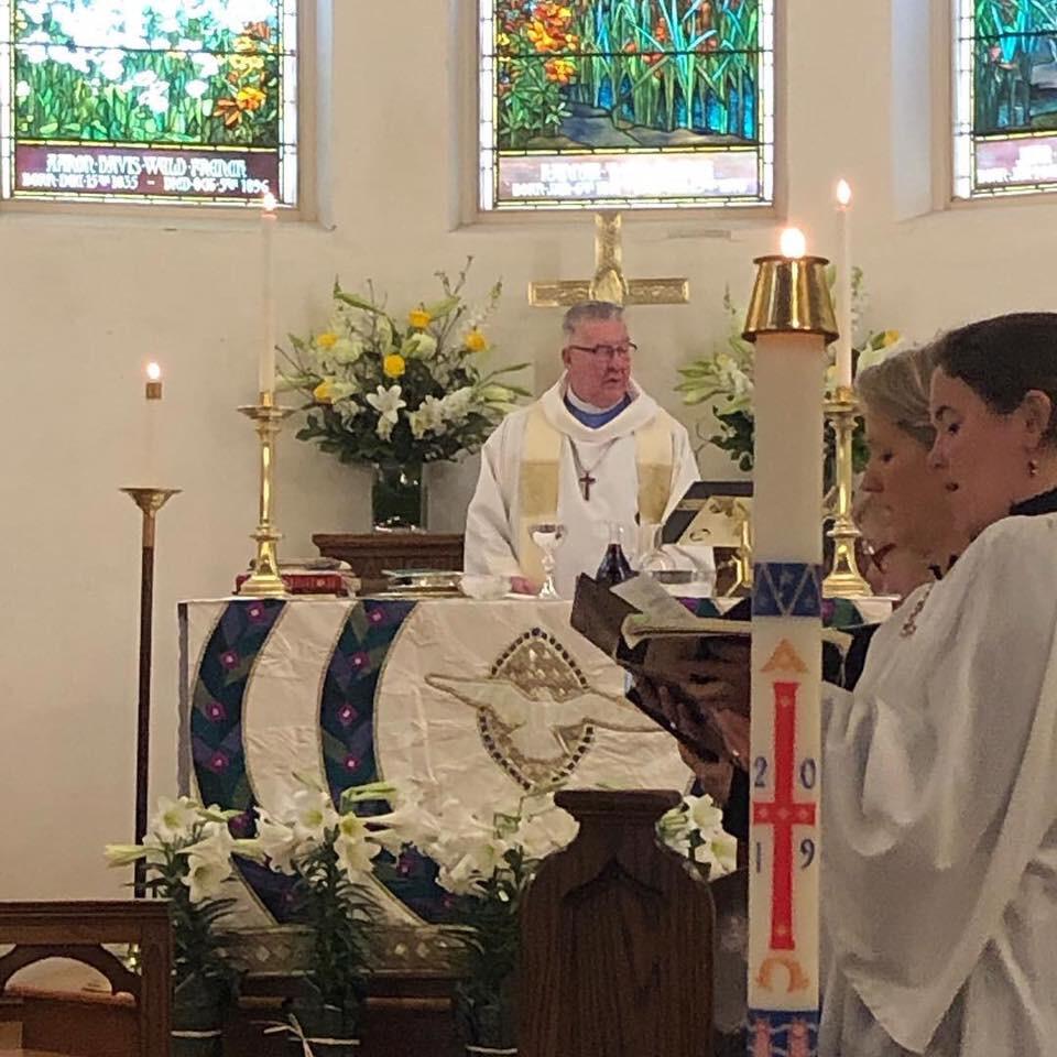 9:30 AM Holy Eucharist Service